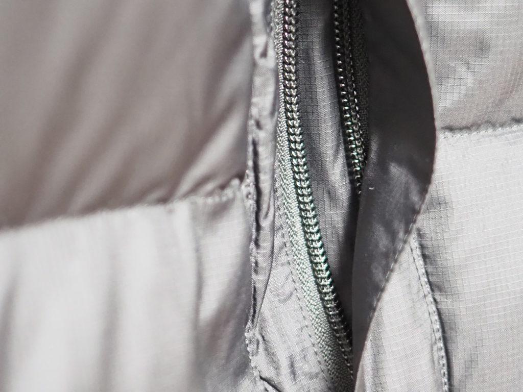 ヌプシジャケットの外ポケット
